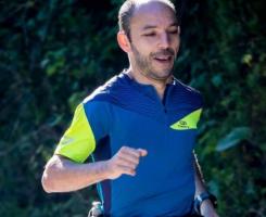 """O enfermeiro/atleta Duarte Gil Barbosa, traçou o desafio de correr as """"24 Horas de Vigo"""" a favor da"""